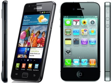 Samsung Galaxy S II and iPhone 4 (front, side)