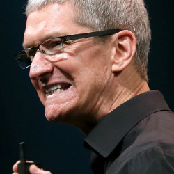 Tim-Cook-apology
