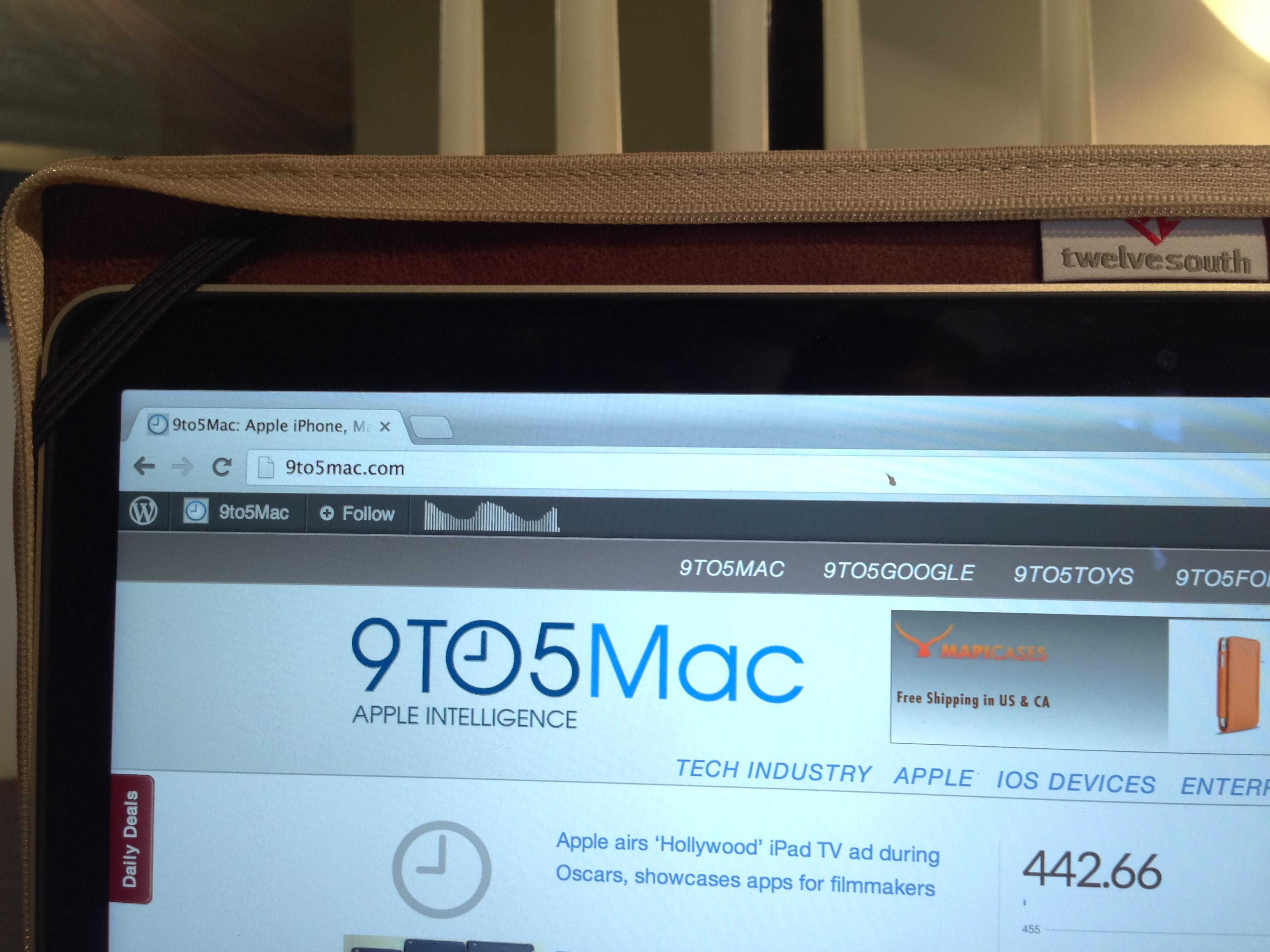 TwelveSouth-BookBook-MacBookPro-04