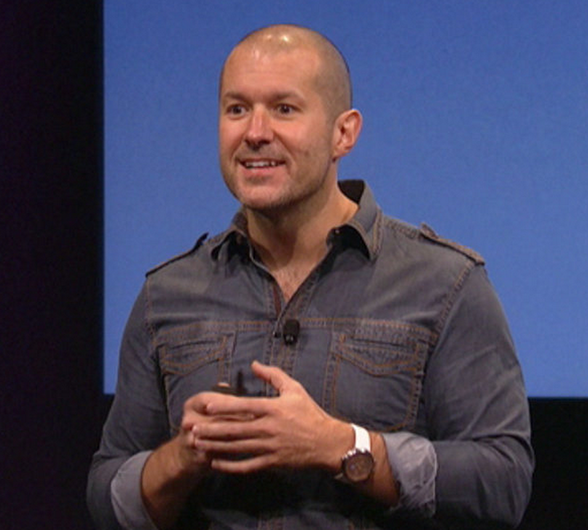 Jony-Ive-Excited-on-stage