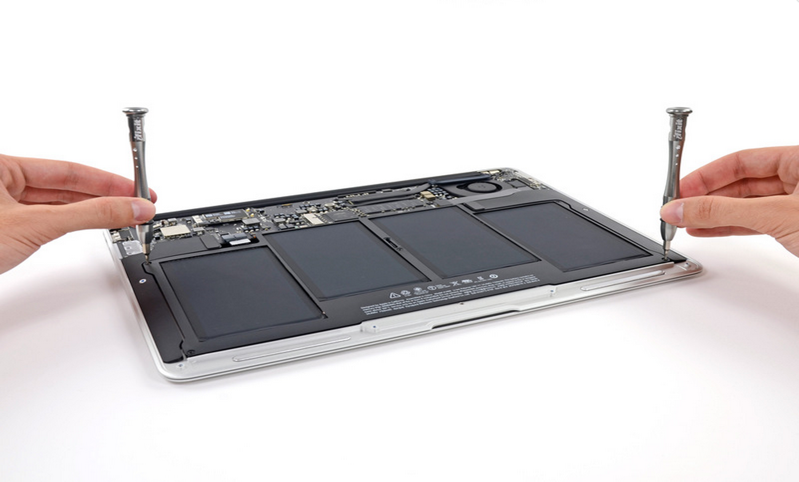 iFixit-MacBook-Air-June-2013