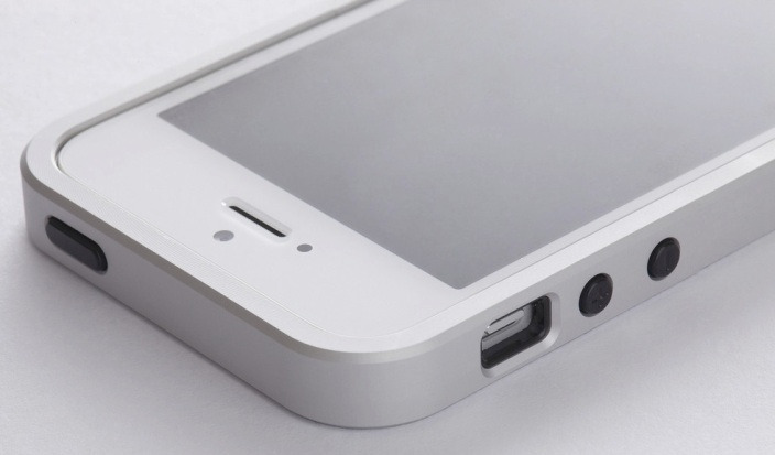 Freeform3 aluminum case is the perfect Bumper for iPhone 5