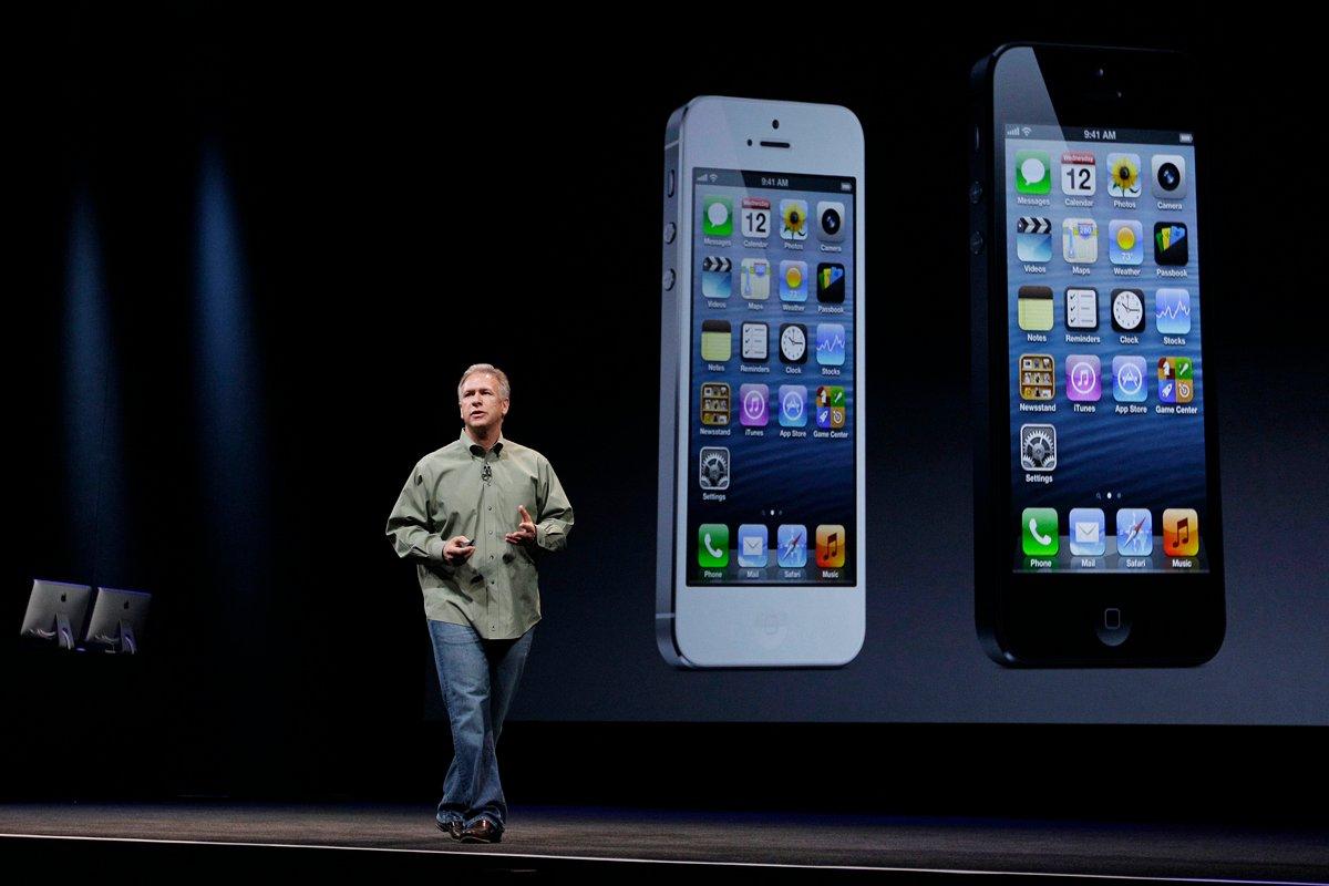 Phil-schiller-iPhone-5-wwdc