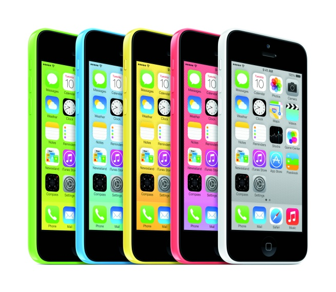 iPhone5c_34L_AllColors_PRINT