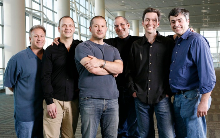 Schiller and Fadell on the left (image via web)