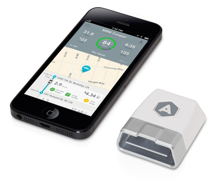 automatic-smart-driving-assistant-iphone