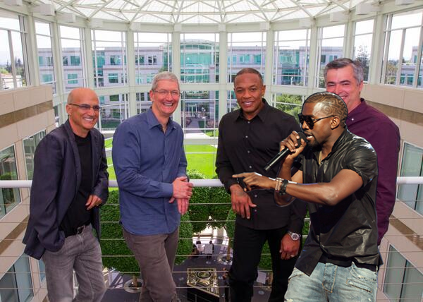 Kanye West rants, credits Samsung and Jay Z with Apple/Beats deal