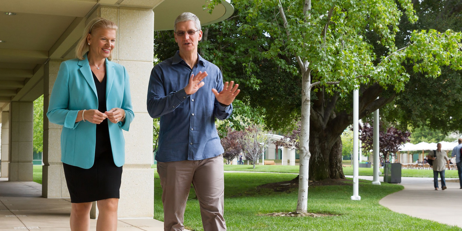 Apple CEO Tim Cook with IBM CEO Ginni Rometty