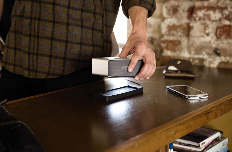 Bose-Apple-Store-demo