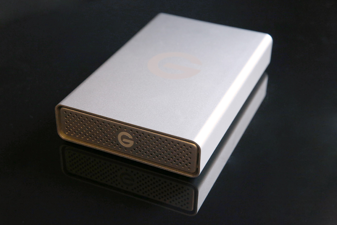 How To Choose The Best External Hard Drive For Your Mac Or Ios Device 9to5mac