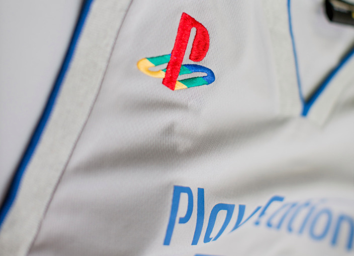 playstation-anniversary-limited-edition-1