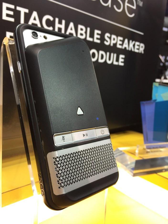 Zagg-speaker-case-01