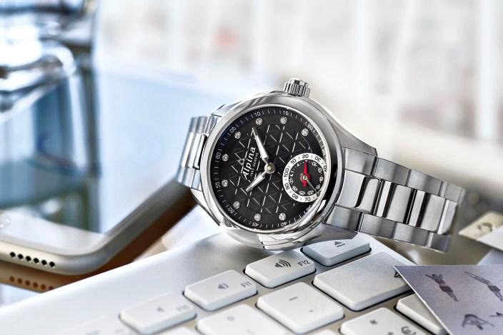 Alpina-smartwatch-01
