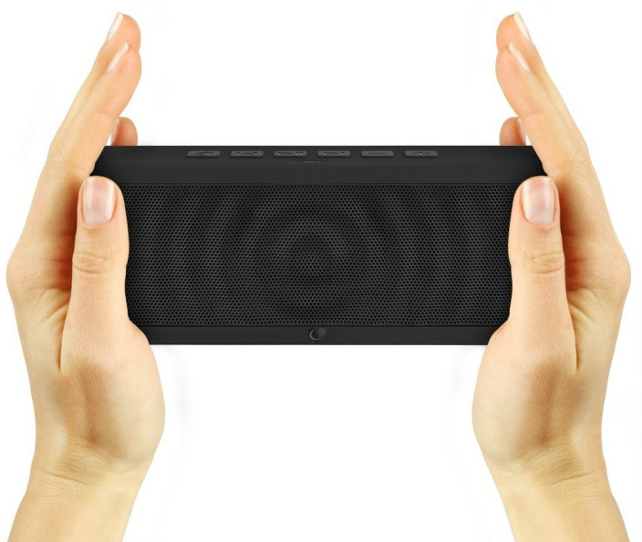 soundblock-ultra-portable-wireless-bluetooth-speaker-3-0-with-built-in-speakerphone-and-10-hour-rechargeable-battery-black-e1424358309439