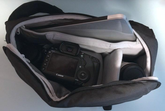 incase-camera-bags-4