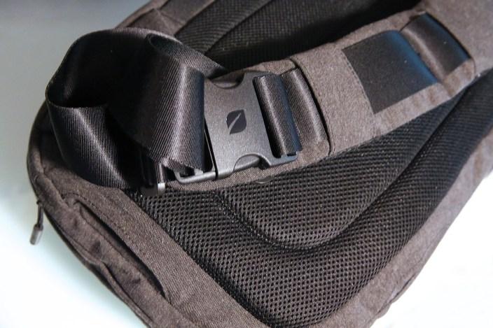 incase-camera-bags-9