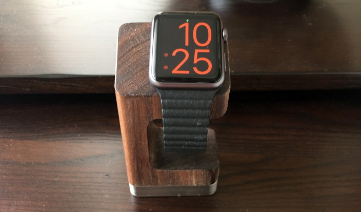 dodocase-apple-watch-charging-stand