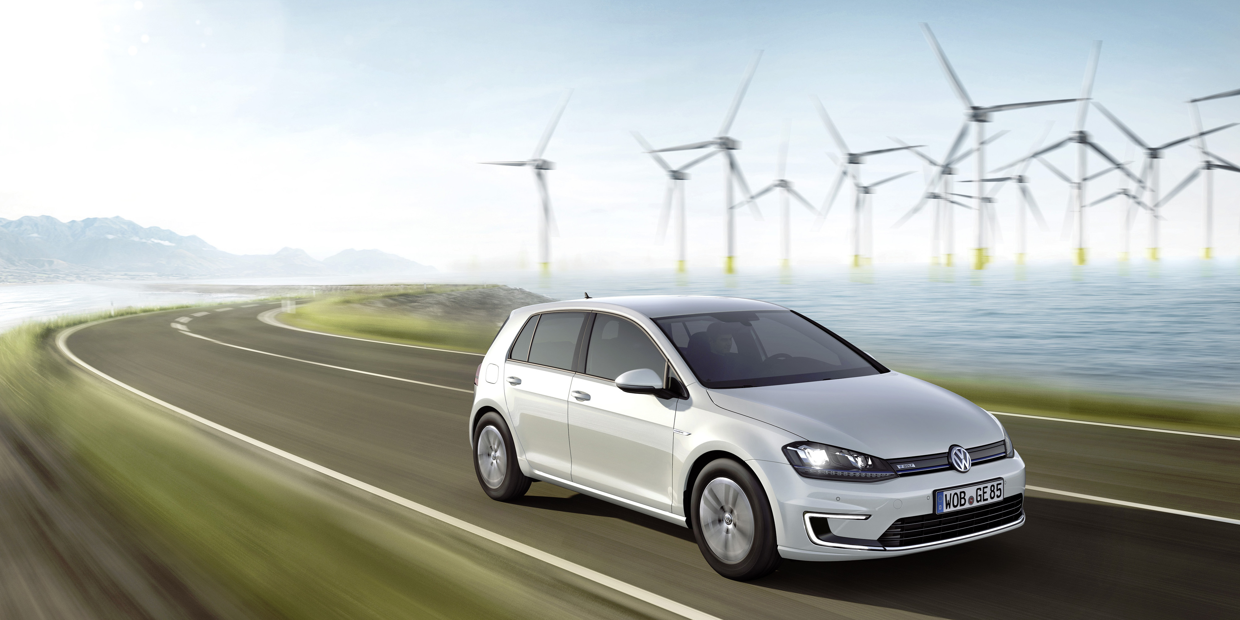 volkswagen egolf carplay - Volkswagen vehicles get Siri Shortcuts and voice control to unlock, flash lights, check mileage, more