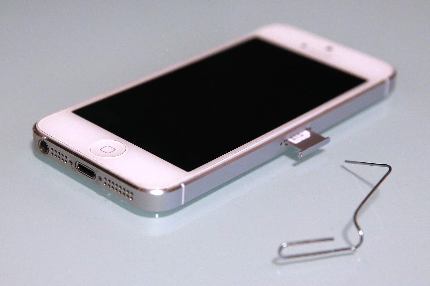 How-To: Safely Prepare + Wipe Your IPhone For Resale Or