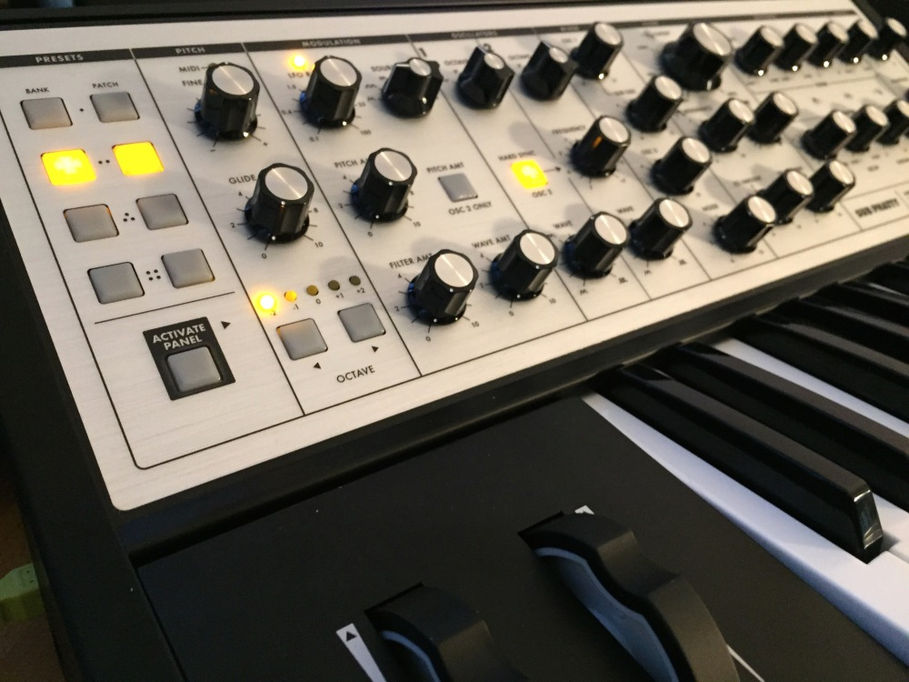 The Logic Pros-Sub Phatty Review-01