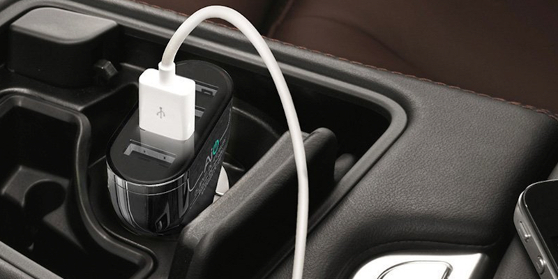 aukey-4-port-usb-car-charger1