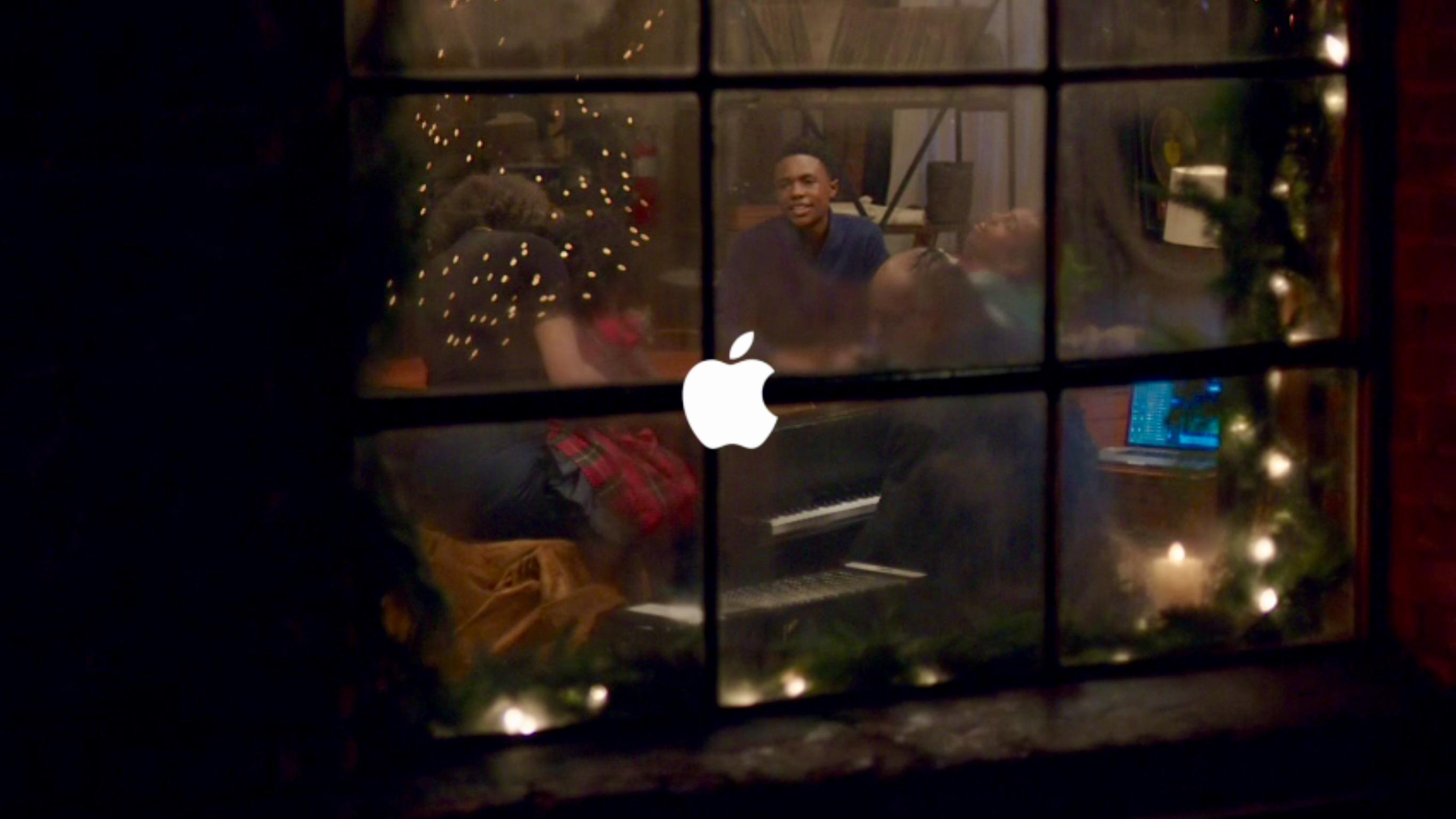 Apple Christmas Ad 2015