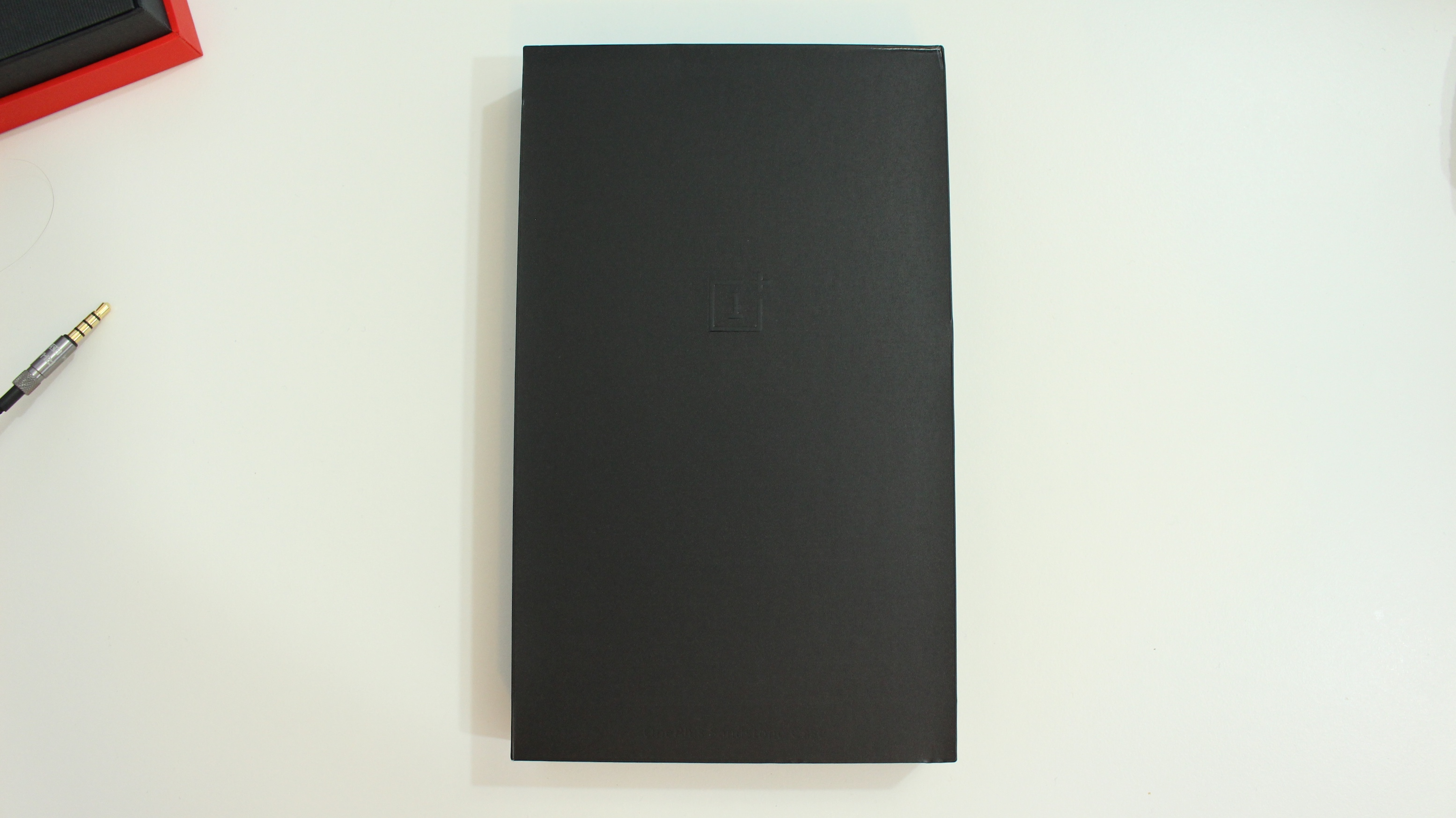 the best attitude 793e8 2519b OnePlus thinks your iPhone should feel like their Sandstone Black ...