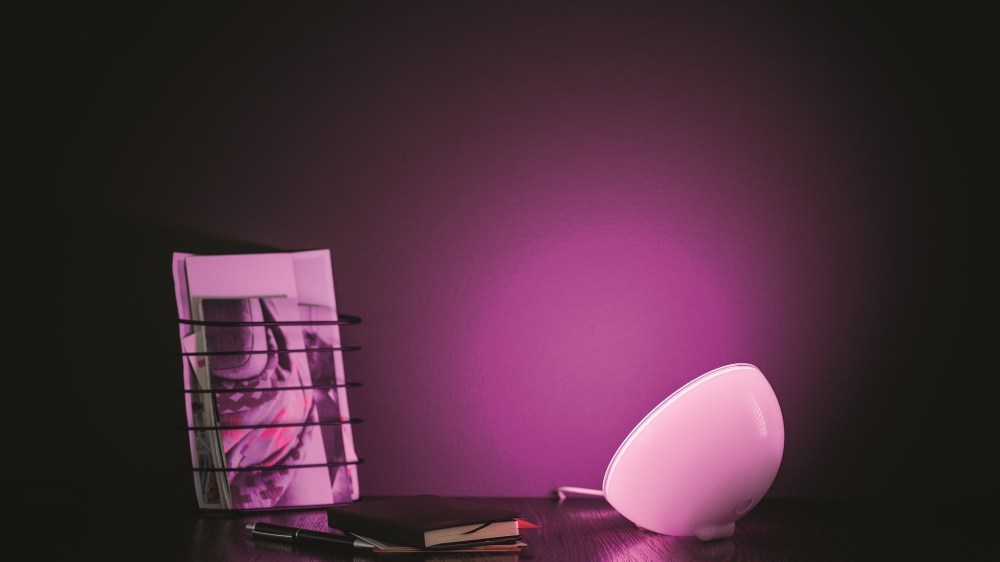 philips-hue-go-personal-wireless-lighting