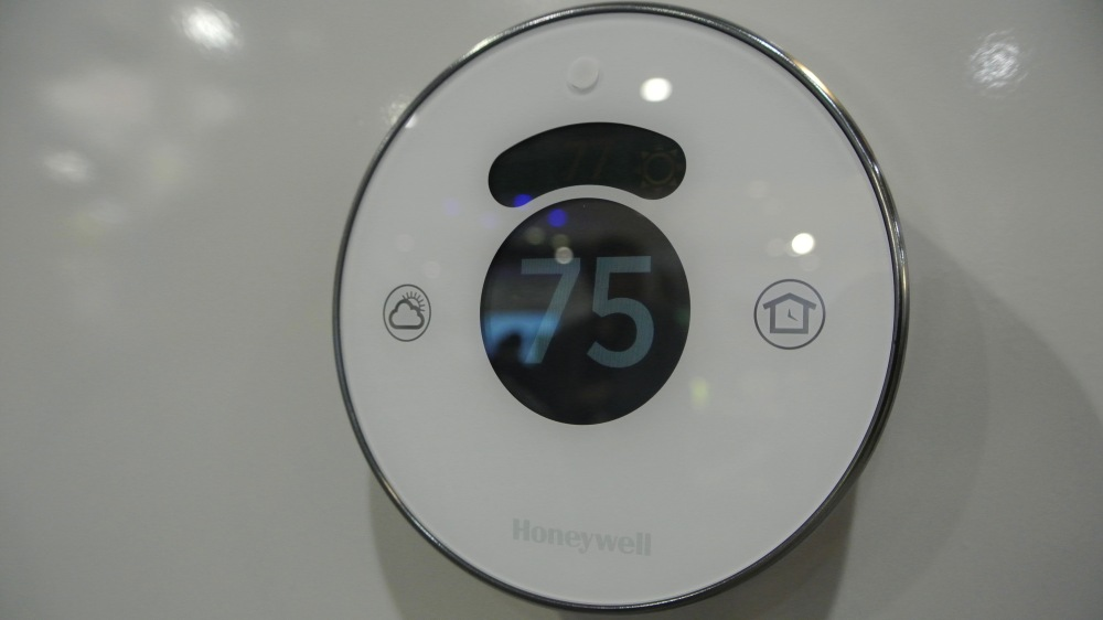 Honeywell Lyric HomeKit CES 2016