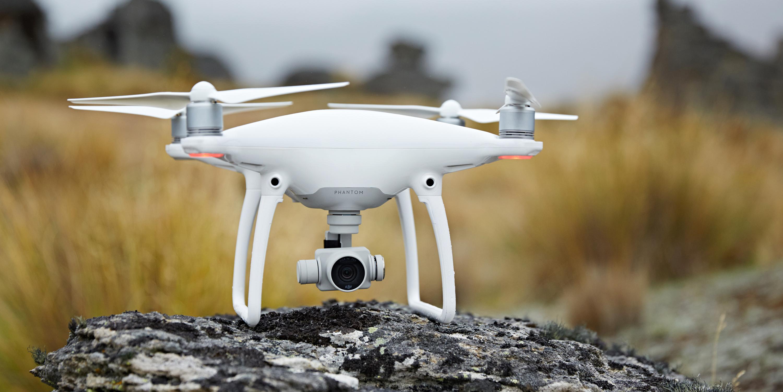 dji-phantom-4-drone2