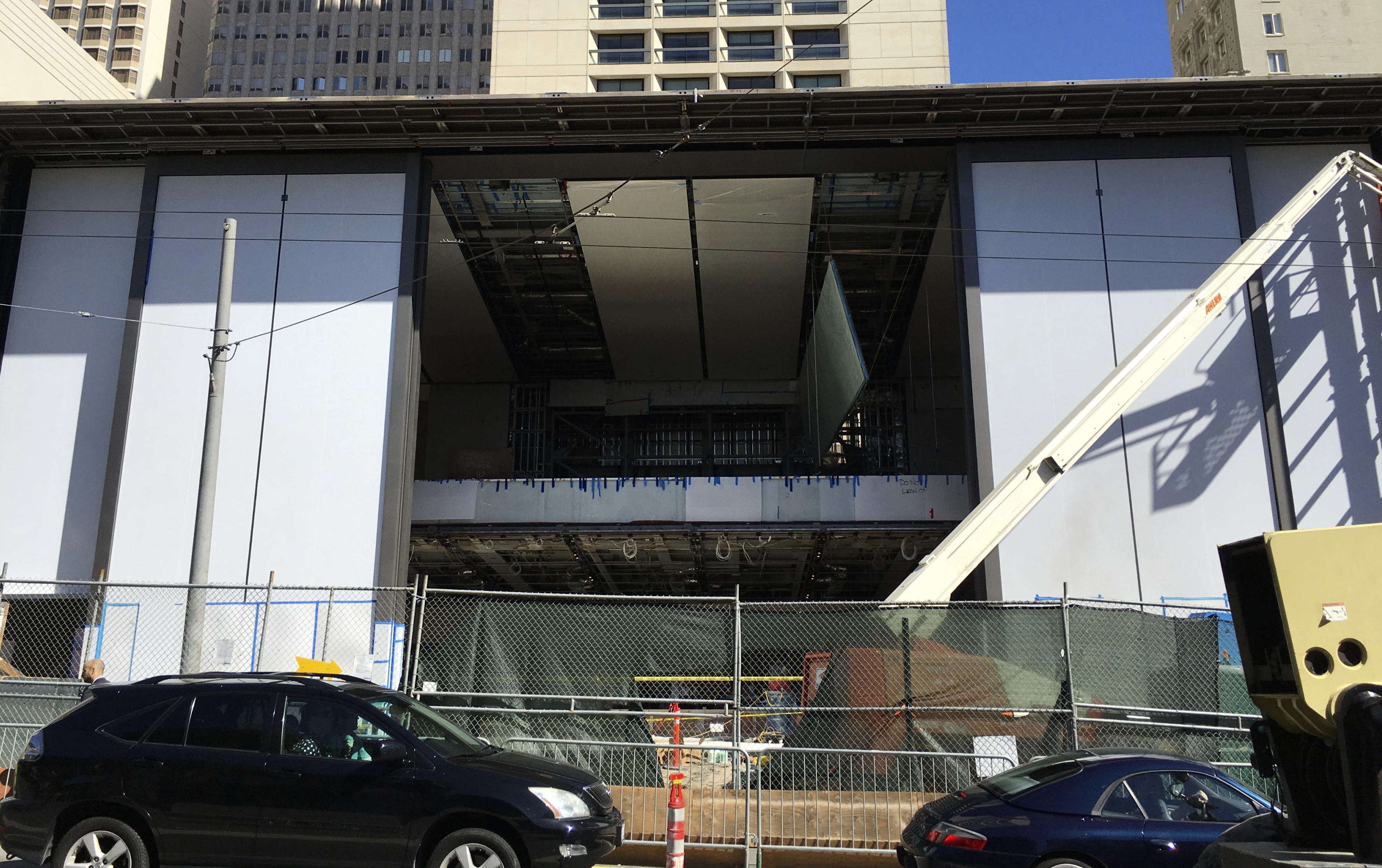 Stockton Auto Sales >> Apple Store in Marseille, France set to open May 14 as ...