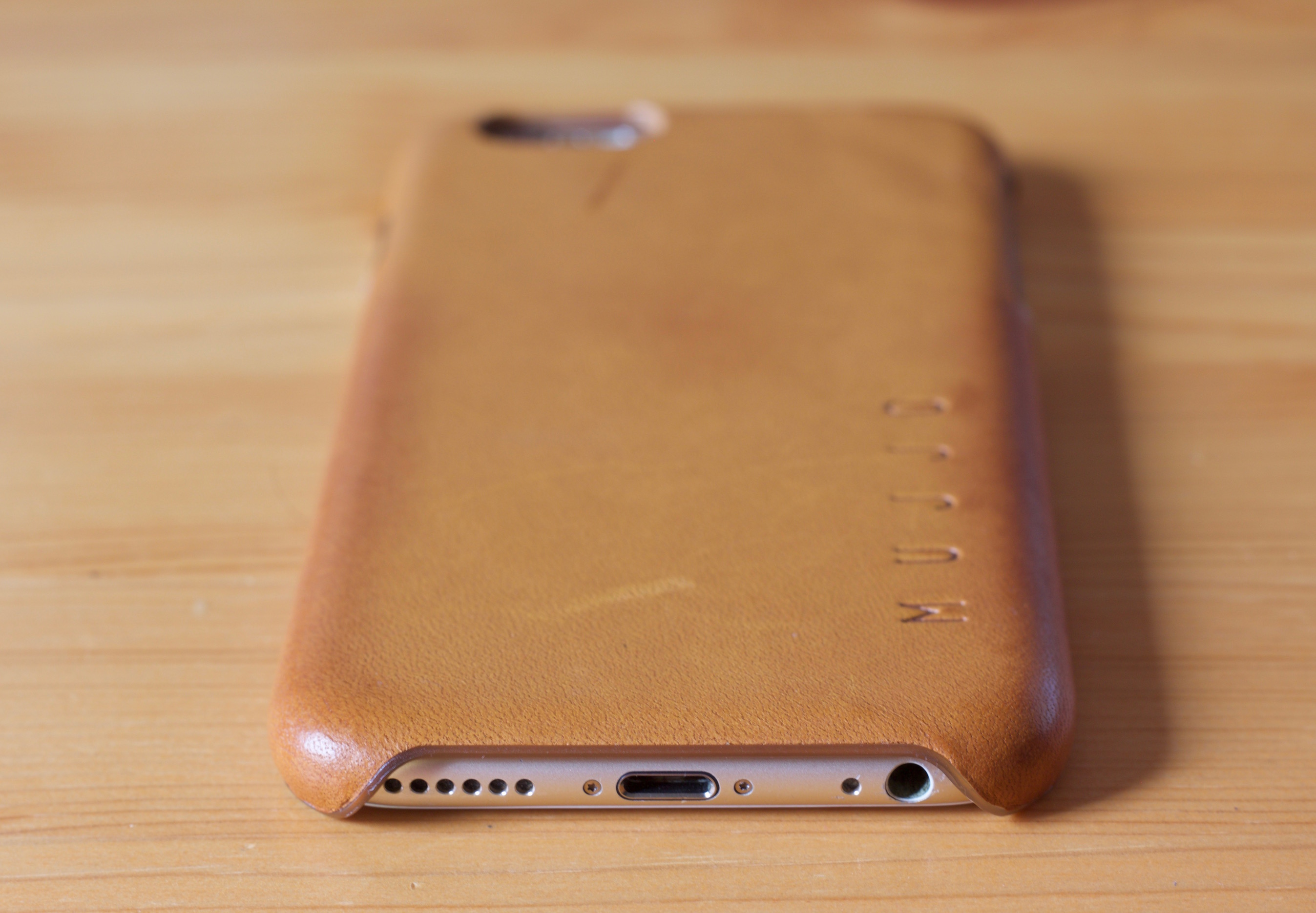wholesale dealer c0d33 91501 Review: Mujjo Leather Case for iPhone 6 & 6s - 9to5Mac