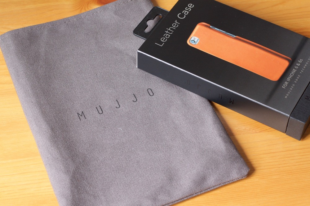 Mujjo Leather Case for iPhone 6 with Tote
