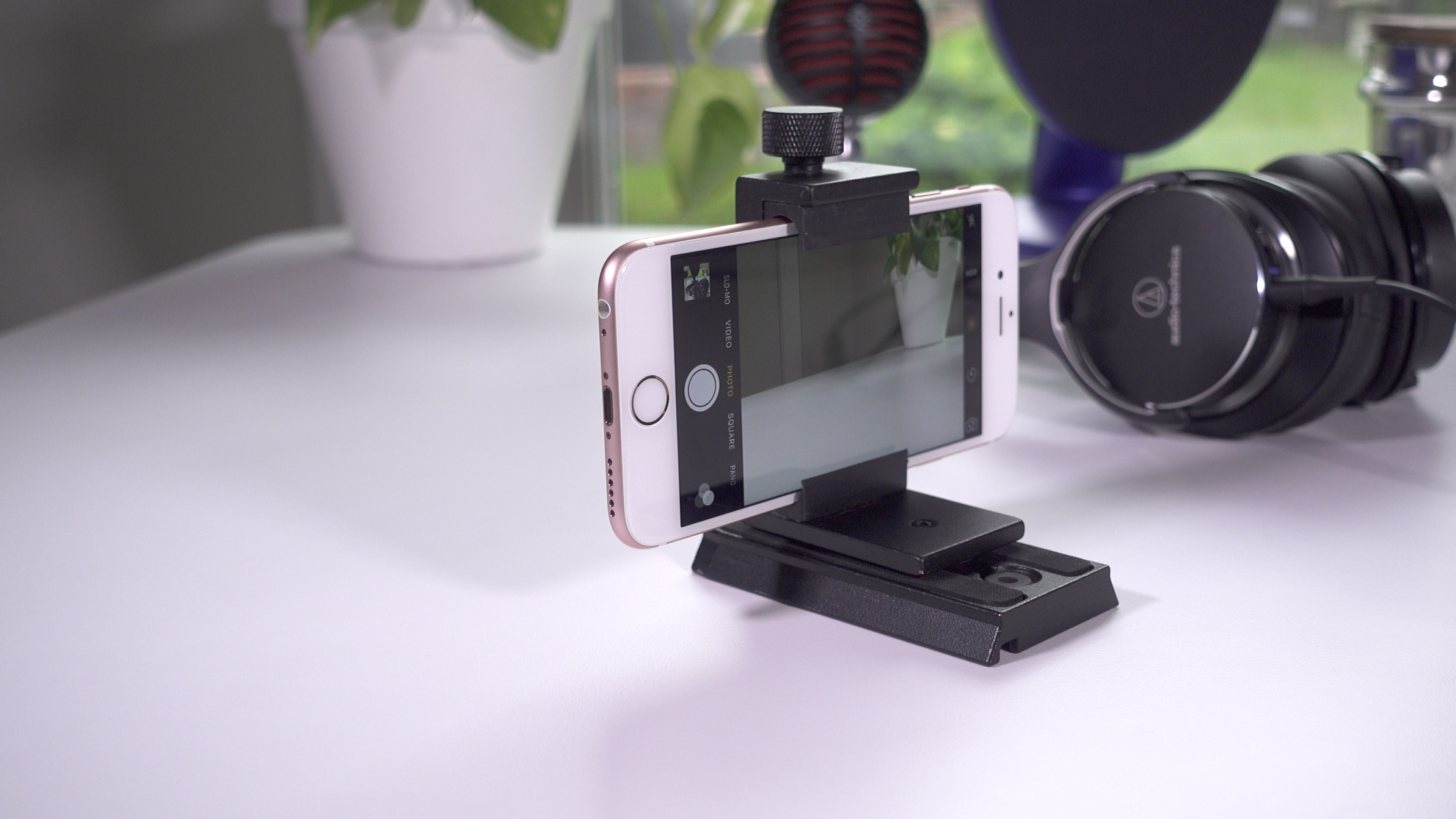 iPhone Tripod clamp