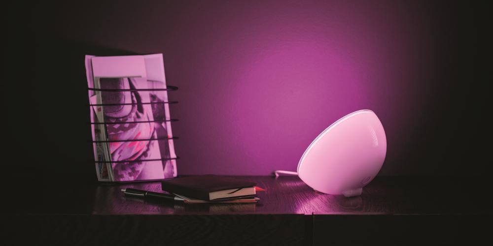philips-hue-go-personal-wireless-lighting