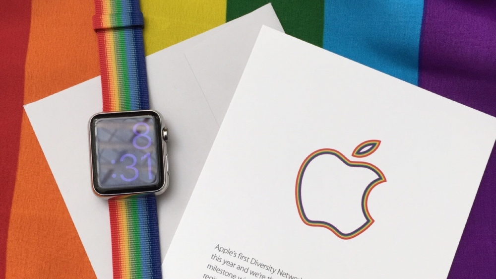 apple-watch-pride-band