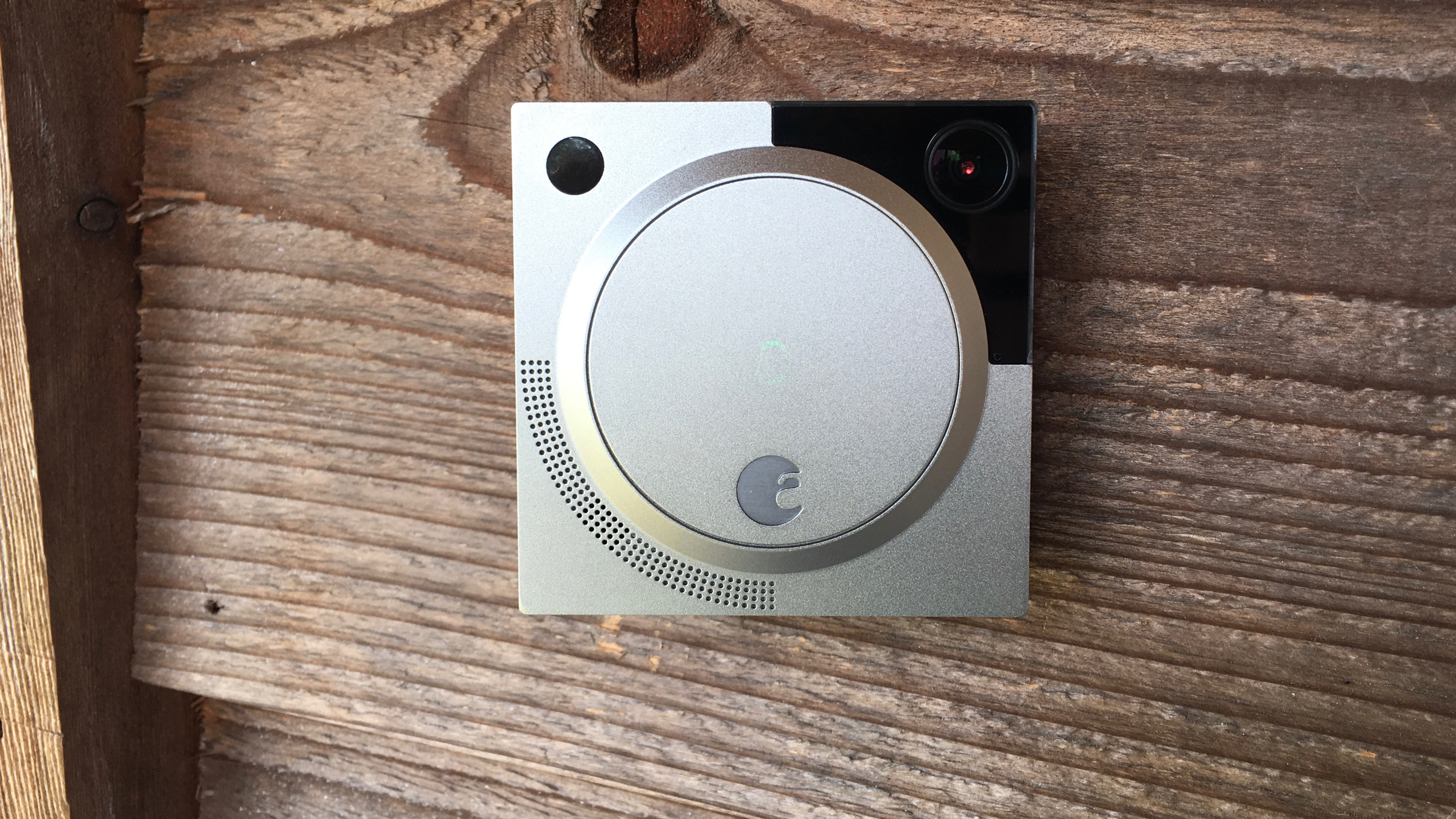 August denies doorbell camera HomeKit support despite user claim