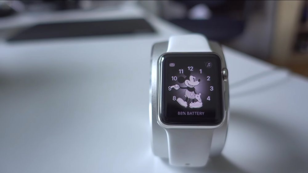 watchOS 3 Beta 1 Mickey Mouse Watch Face