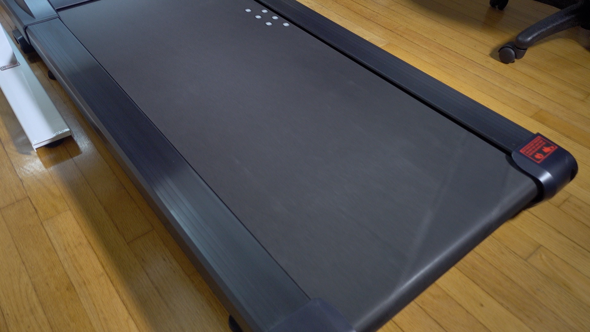 UnderDesk Treadmill LifeSpan 03