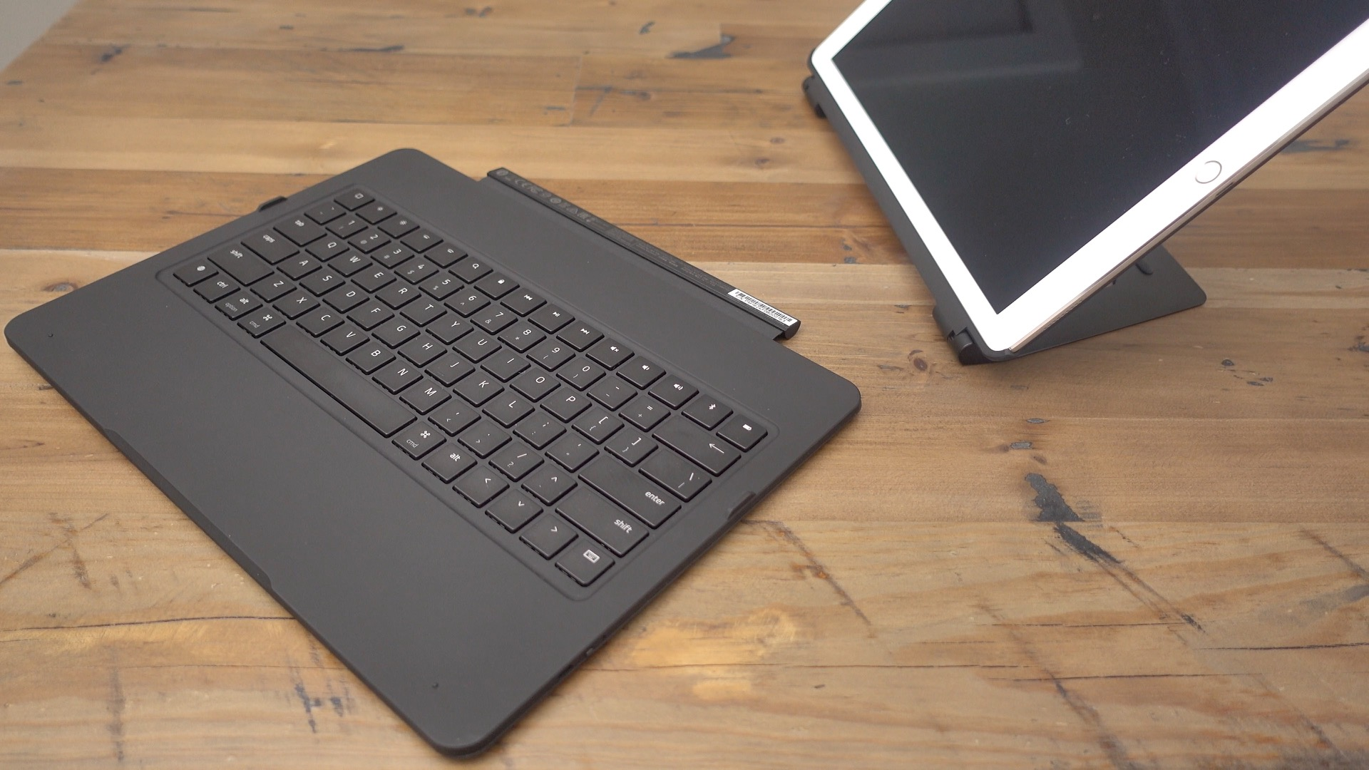 Detached Razer Keyboard Case iPad Pro