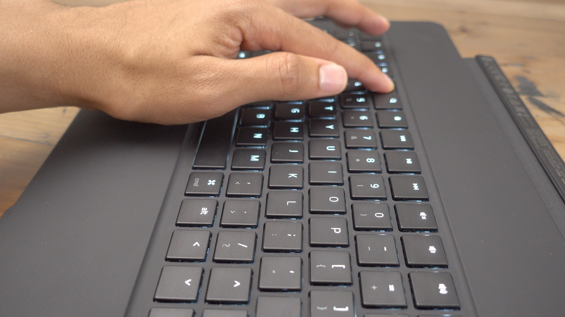 Razer Mechanical Keyboard Case for 12.9%22 iPad Pro 4
