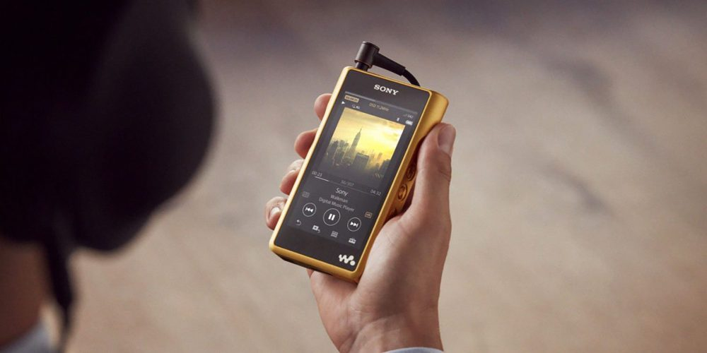 sony-gold-walkman
