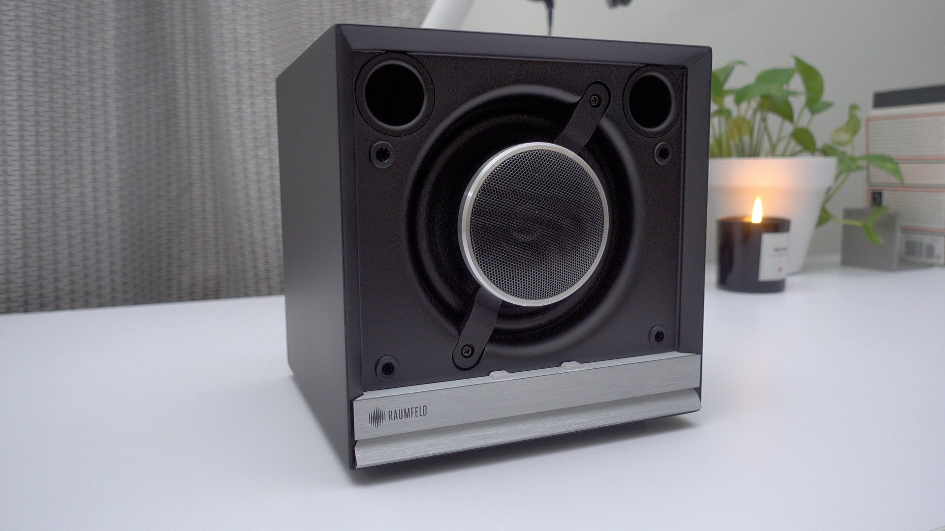 stereo-cubes-no-grill