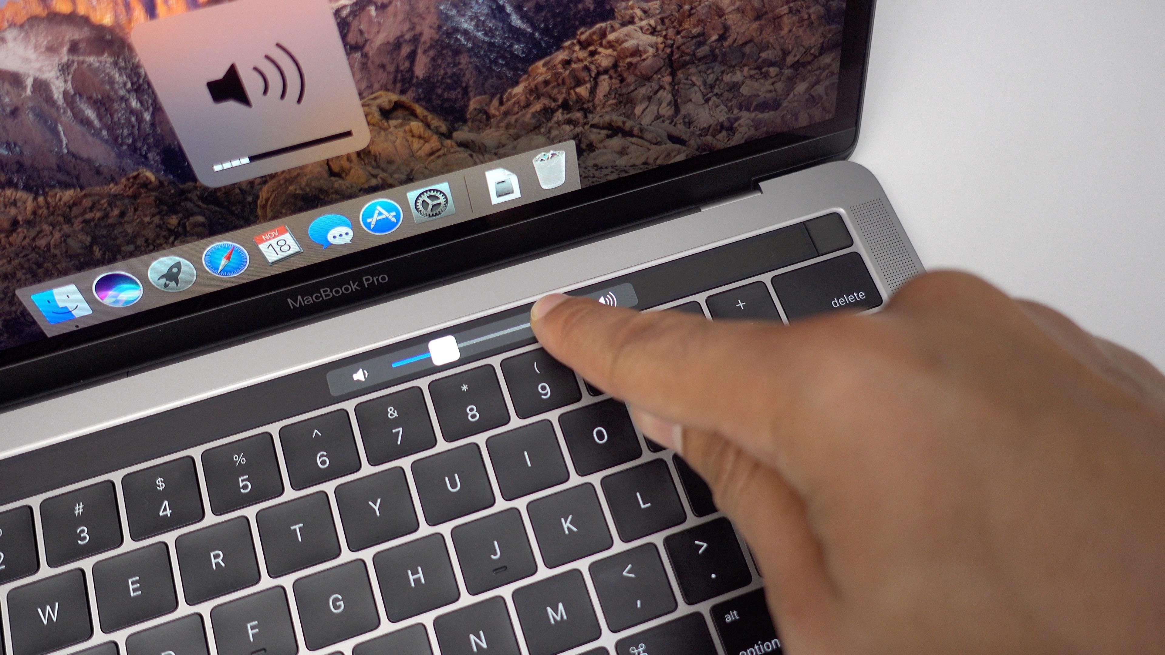 Macbook pro bar pet