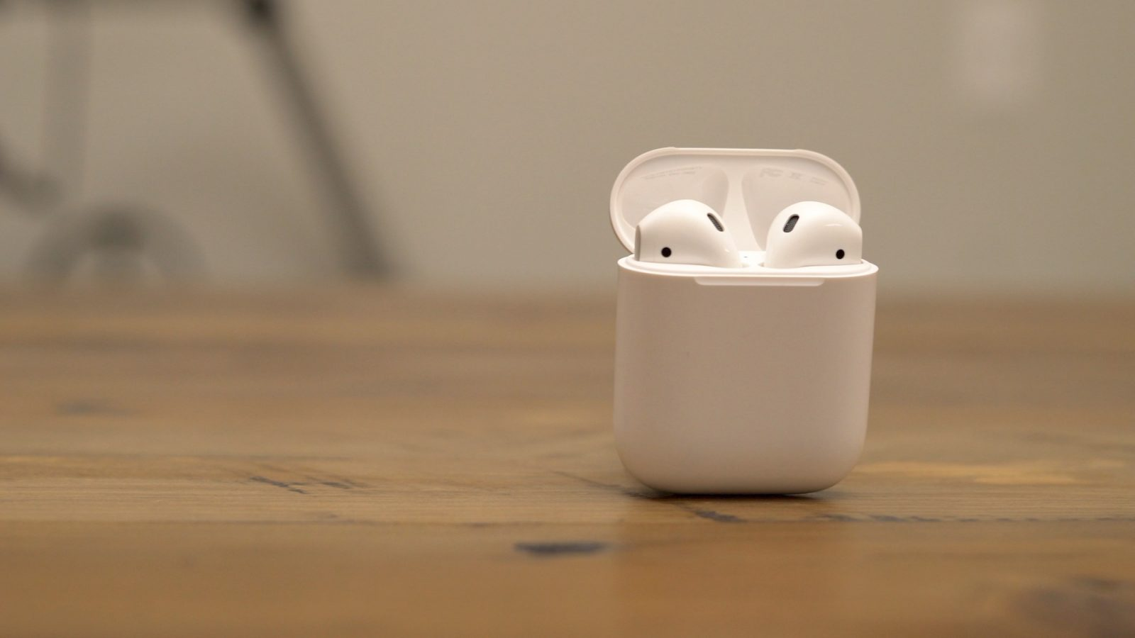 photo image AirPods are the second-best selling Apple product within two years of launch, search rate up 500% YoY
