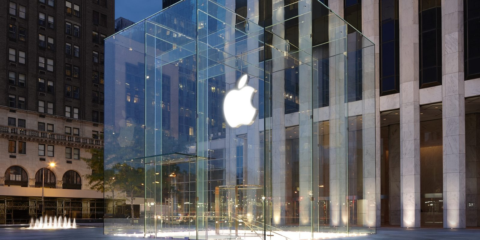 Apple talks gender pay gap in the U K , says men are paid more than