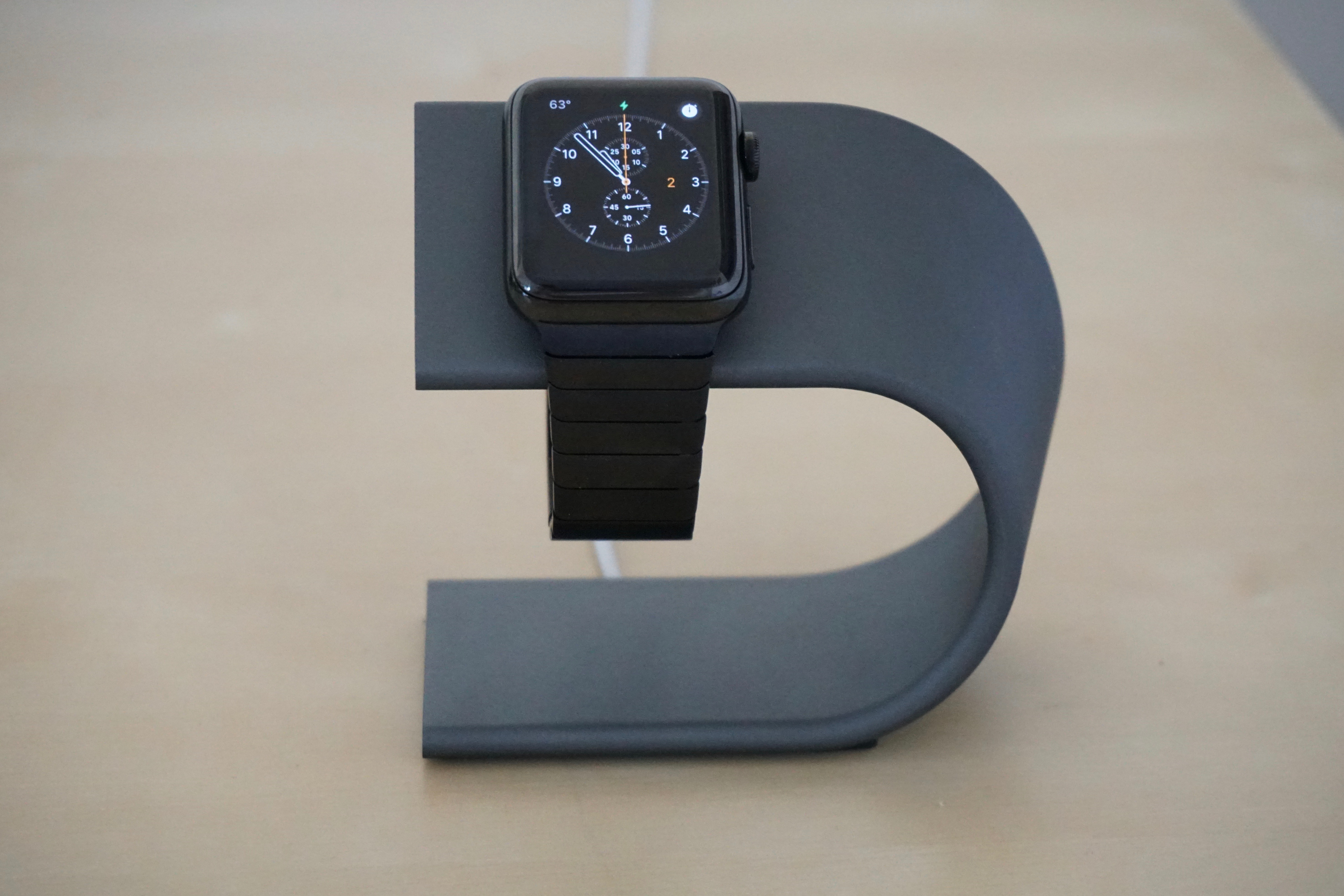 nomad-apple-watch-dock-4
