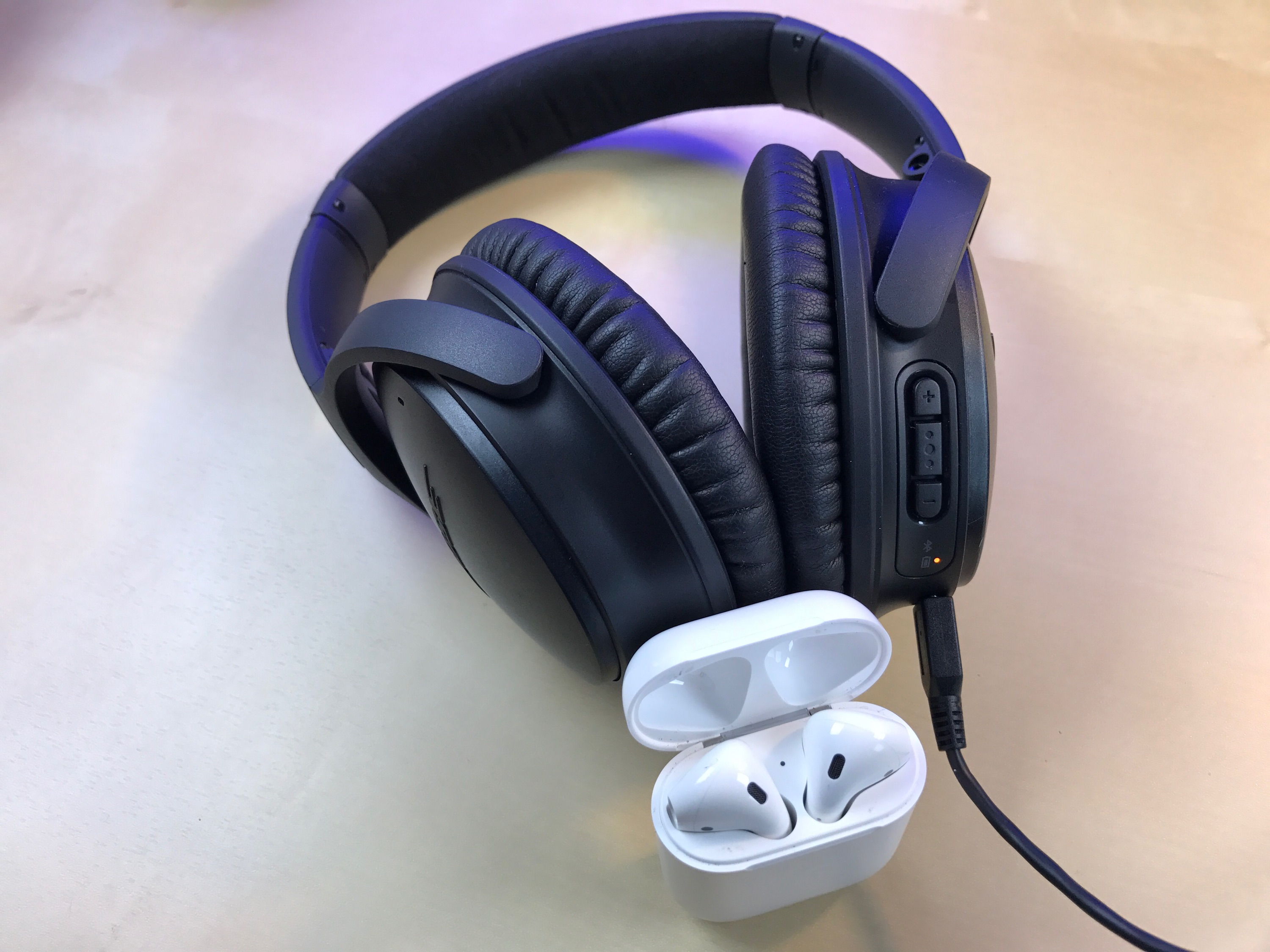 airpods-bose-qc35-1