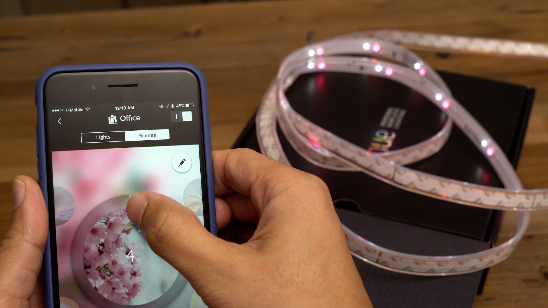 Hands-on: Philips Hue Lightstrip Plus gives you iPhone-controlled