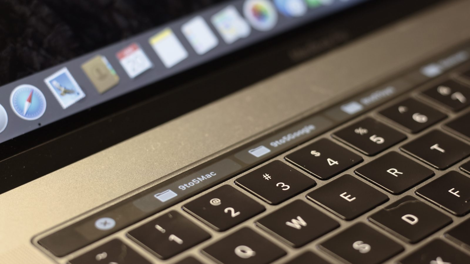How to clean your MacBook or MacBook Pro keyboard - 9to5Mac